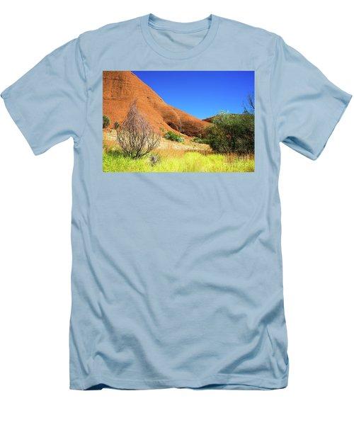 The Olgas Kata Tjuta Men's T-Shirt (Athletic Fit)