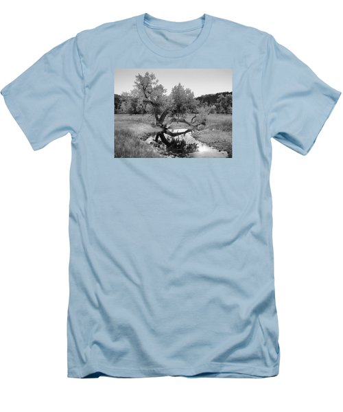 Eye Of The Stream Men's T-Shirt (Athletic Fit)