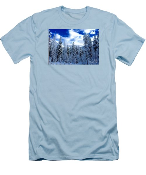 The Winter Blues  Men's T-Shirt (Slim Fit)