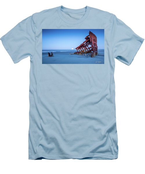 The Wreck Of The Peter Iredale Men's T-Shirt (Athletic Fit)