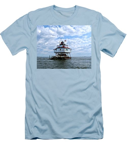 Thomas Point Lighthouse Men's T-Shirt (Athletic Fit)