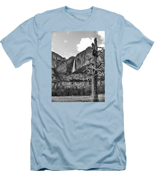 Upper And Lower Yosemite Falls Men's T-Shirt (Athletic Fit)