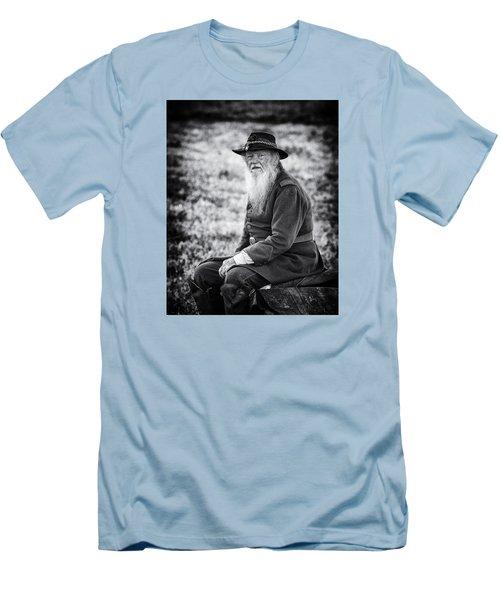 Veteran Soldier Men's T-Shirt (Slim Fit) by Alan Raasch