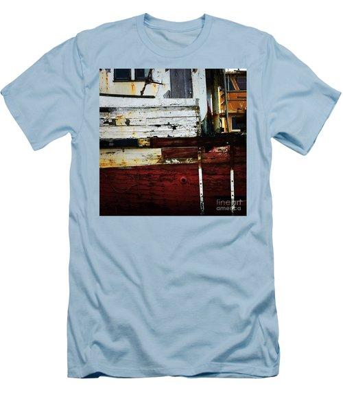 Vintage Astoria Ship Men's T-Shirt (Athletic Fit)