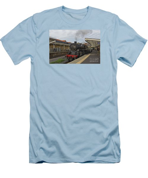 Whitby Station Men's T-Shirt (Slim Fit) by David  Hollingworth