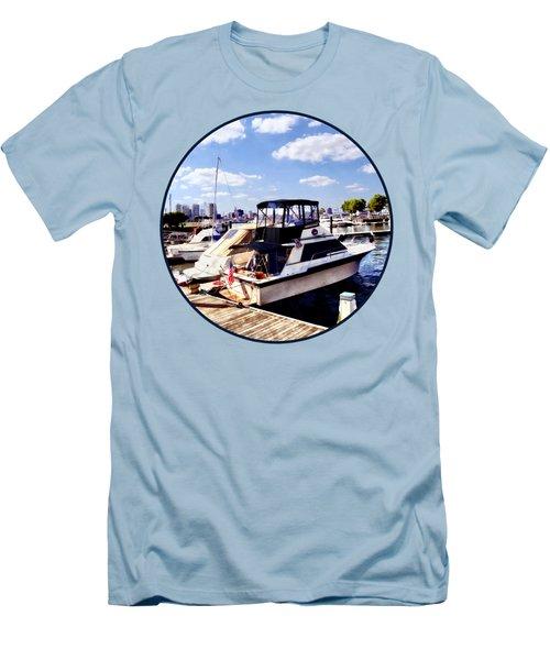 Wiggins Park Marina Men's T-Shirt (Athletic Fit)