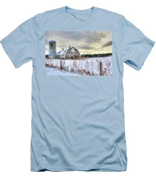 Winter Days In Vermont Men's T-Shirt (Athletic Fit)
