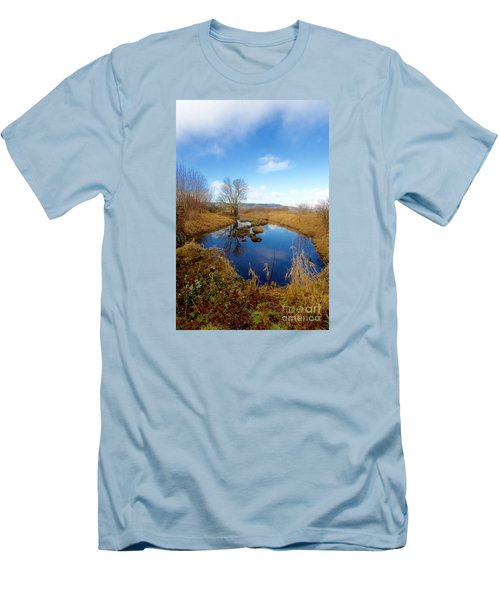 Winter Pond Men's T-Shirt (Athletic Fit)