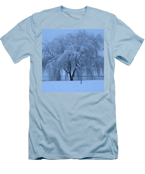 Winter Willow Tree Before Dawn_fort Worth_tx Men's T-Shirt (Slim Fit) by Barbara Yearty