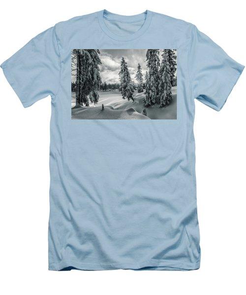 Winter Wonderland Harz In Monochrome Men's T-Shirt (Slim Fit) by Andreas Levi