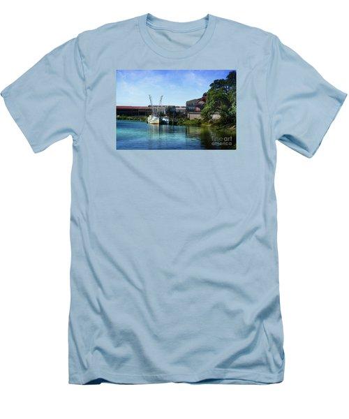 Winyah Bay Georgetown Sc Men's T-Shirt (Slim Fit)