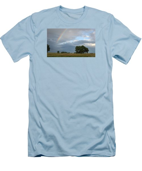 Wyoming Rainbow Men's T-Shirt (Slim Fit)