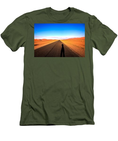 Sossusvlei Park Road Men's T-Shirt (Athletic Fit)
