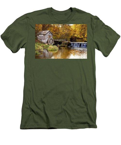 0722 Hyde's Mill Men's T-Shirt (Slim Fit) by Steve Sturgill