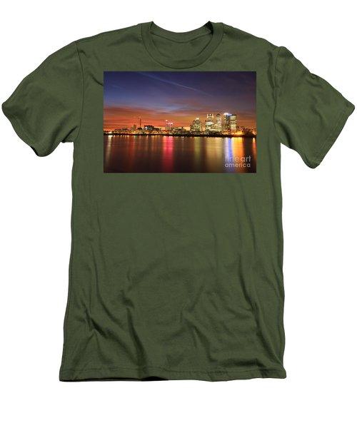 Canary Wharf 2 Men's T-Shirt (Slim Fit) by Mariusz Czajkowski