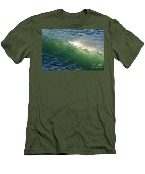 Linda Mar Beach - Northern California Men's T-Shirt (Athletic Fit)