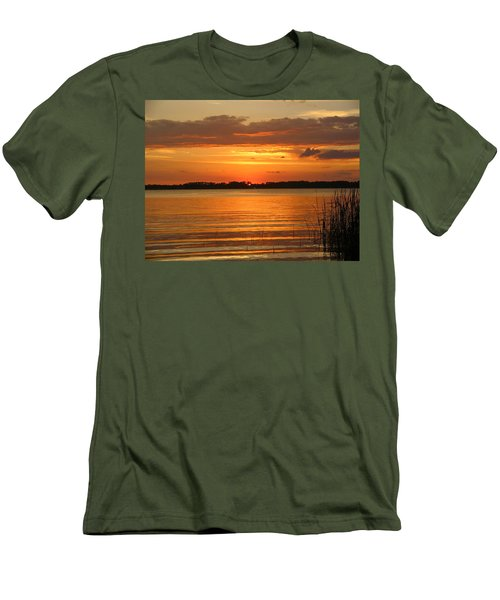 Setting Sun In Mount Dora Men's T-Shirt (Athletic Fit)