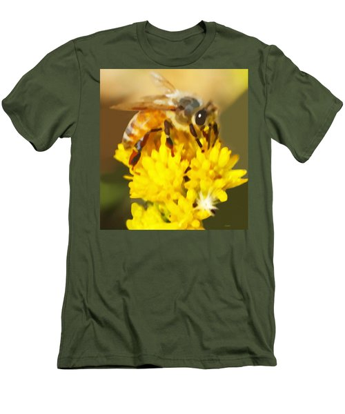 Bee On A Yellow Flower Men's T-Shirt (Athletic Fit)