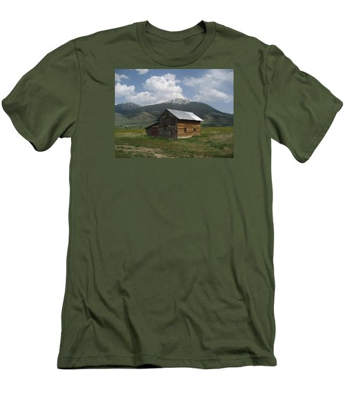 Paradise Valley Montana Men's T-Shirt (Athletic Fit)