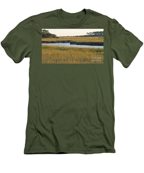 South Carolina Salt Marsh Men's T-Shirt (Athletic Fit)