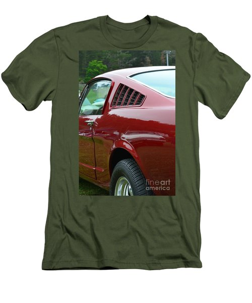 Classic Mustang Men's T-Shirt (Athletic Fit)