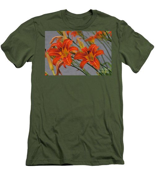 Day Lilly Men's T-Shirt (Athletic Fit)
