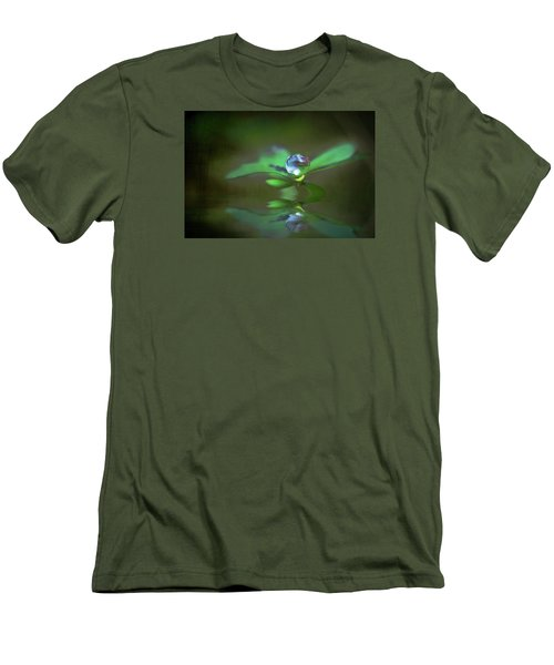 A Dream Of Green Men's T-Shirt (Athletic Fit)