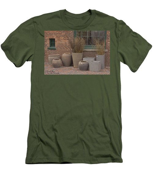 A Family Portrait Men's T-Shirt (Athletic Fit)
