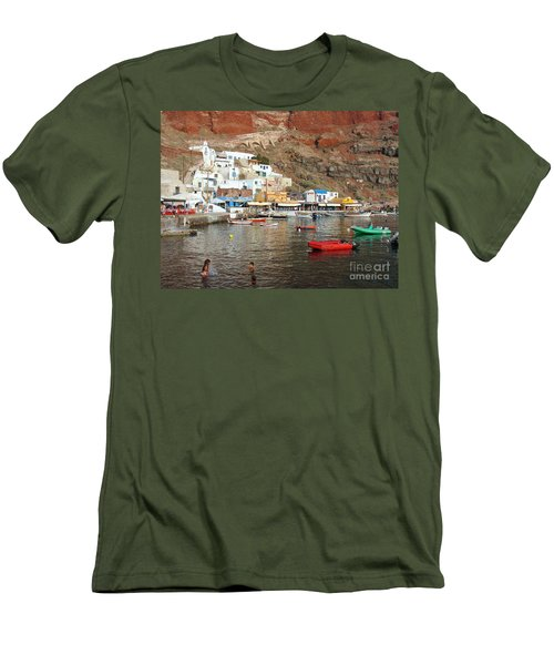 A Splash In Amoudi Bay  Men's T-Shirt (Athletic Fit)