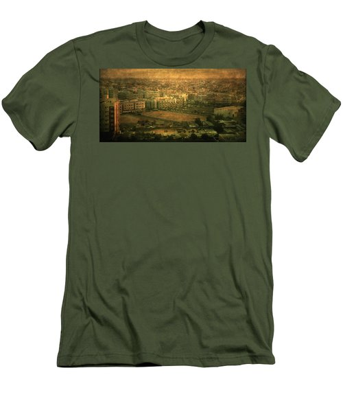 Al-khobar On Texture Men's T-Shirt (Athletic Fit)