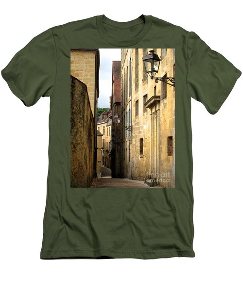 Alleys Of Sarlat Men's T-Shirt (Athletic Fit)