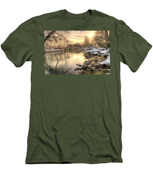 Along The Thames River  Men's T-Shirt (Athletic Fit)