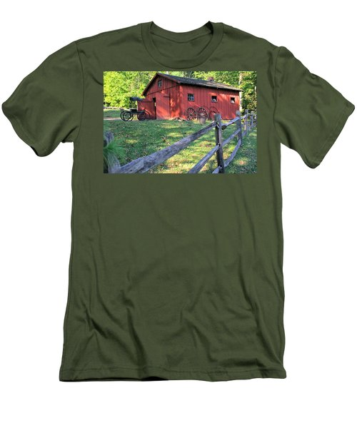 Amish Barn Along A Fenceline Men's T-Shirt (Athletic Fit)