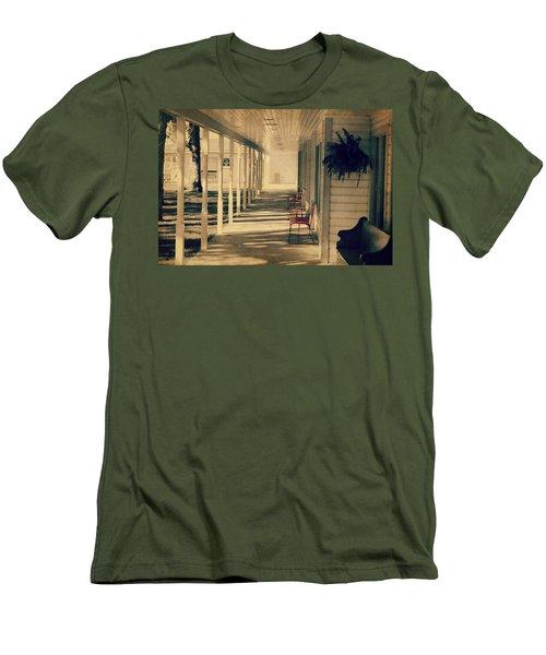 Arnold Park's Shops Men's T-Shirt (Slim Fit) by Julie Hamilton