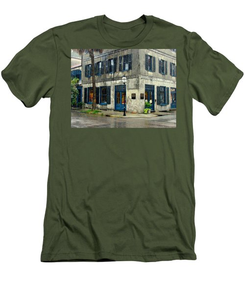 Men's T-Shirt (Slim Fit) featuring the photograph Art Gallery In The Rain by Rodney Lee Williams