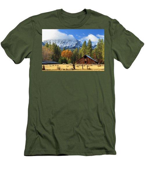 Autumn Barn At Thompson Peak Men's T-Shirt (Slim Fit) by James Eddy