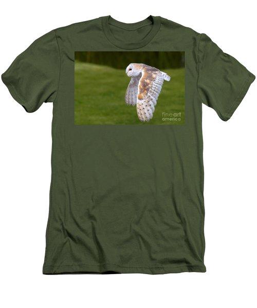 Barn Owl In Flight Men's T-Shirt (Slim Fit) by Nick  Biemans