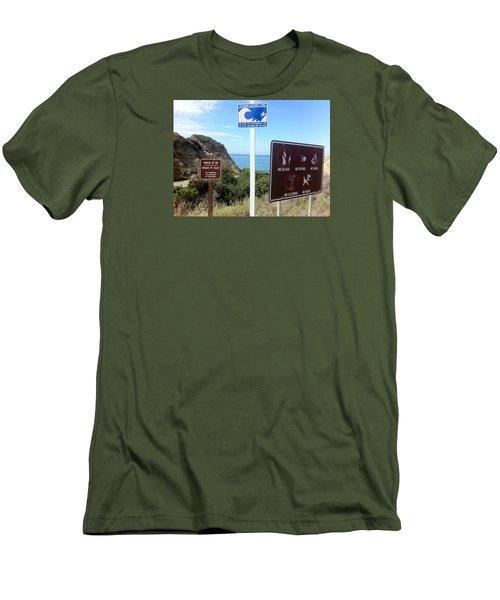 Beach Signs San Clemente Men's T-Shirt (Athletic Fit)