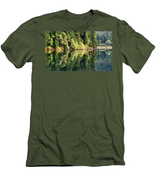 Beautiful Water Men's T-Shirt (Athletic Fit)