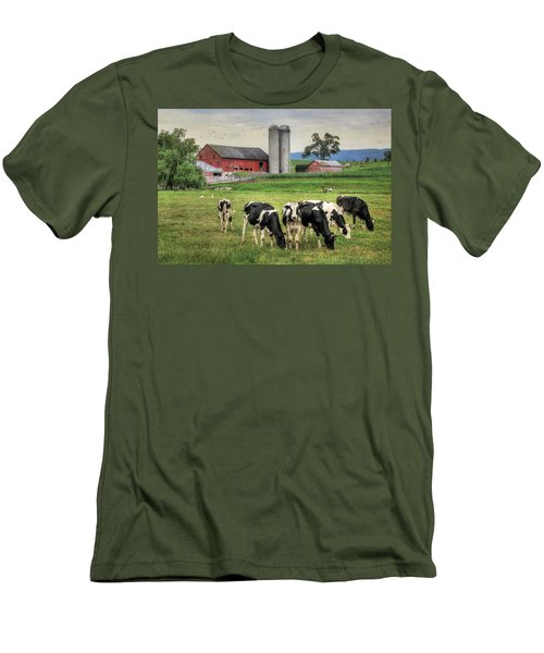 Belleville Cows Men's T-Shirt (Athletic Fit)