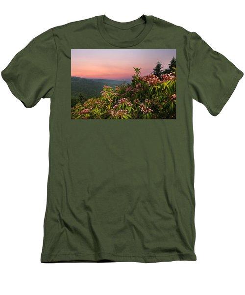 Blueridge Parkway Mountain Laurel Men's T-Shirt (Athletic Fit)