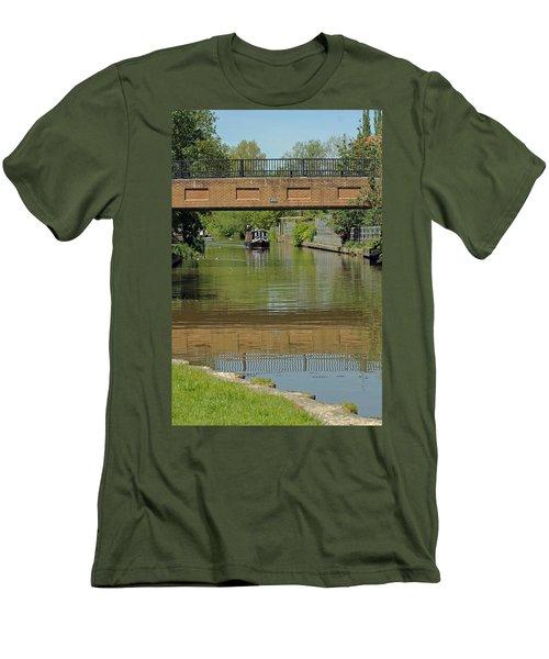 Bridge 238b Oxford Canal Men's T-Shirt (Athletic Fit)