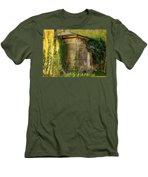 Cabin In The Back Men's T-Shirt (Slim Fit)