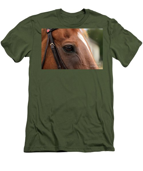Chestnut Horse Eye Men's T-Shirt (Athletic Fit)