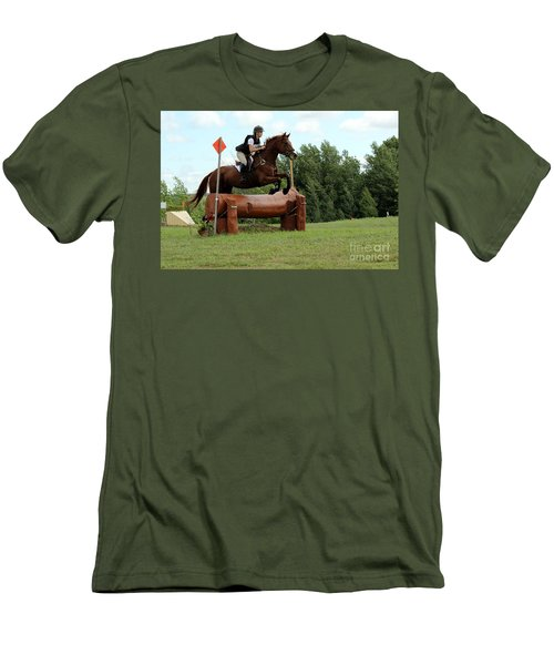 Chestnut Over Log Jump Men's T-Shirt (Athletic Fit)