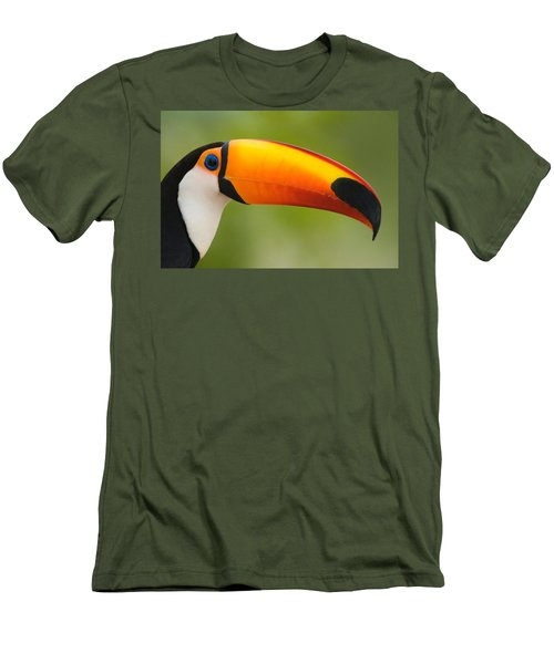 Close-up Of A Toco Toucan Ramphastos Men's T-Shirt (Athletic Fit)