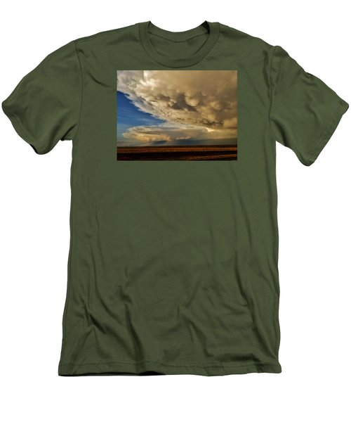 Men's T-Shirt (Athletic Fit) featuring the photograph Colorado Supercells by Ed Sweeney