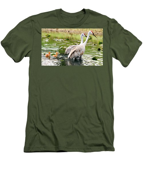 Crane Family Goes For A Swim Men's T-Shirt (Athletic Fit)
