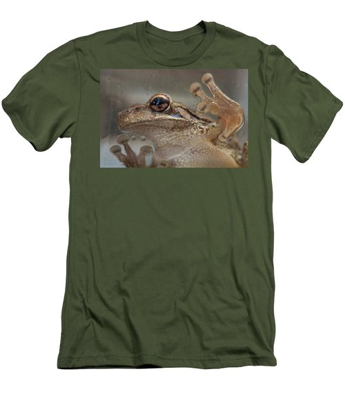 Cuban Treefrog Men's T-Shirt (Athletic Fit)