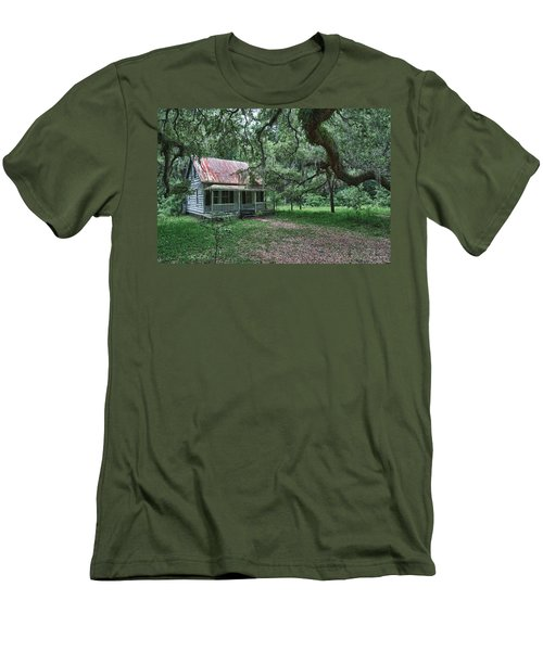Daufuskie Homestead Men's T-Shirt (Athletic Fit)